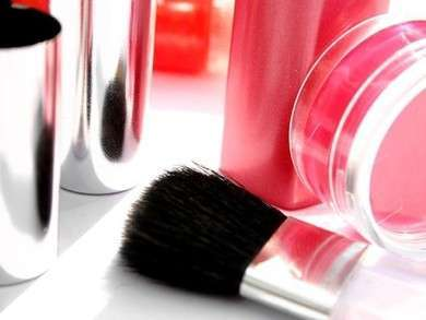 Beauty Parlours in Aundh, Pune