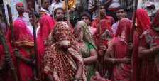 Holi Celebrations in India - Photographs of Lathmar Holi22