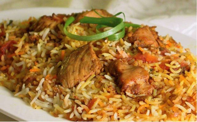 Hyderabadi-chicken-biryani