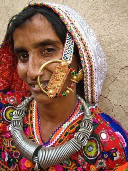 Indian Nose Rings : Adorning Nose with beautiful Jewels ...