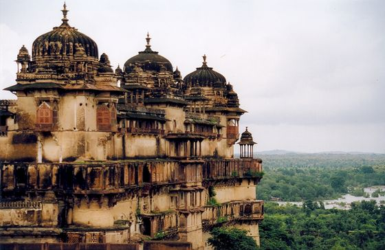 Offbeat Travel Destinations in India, Orchha Palace