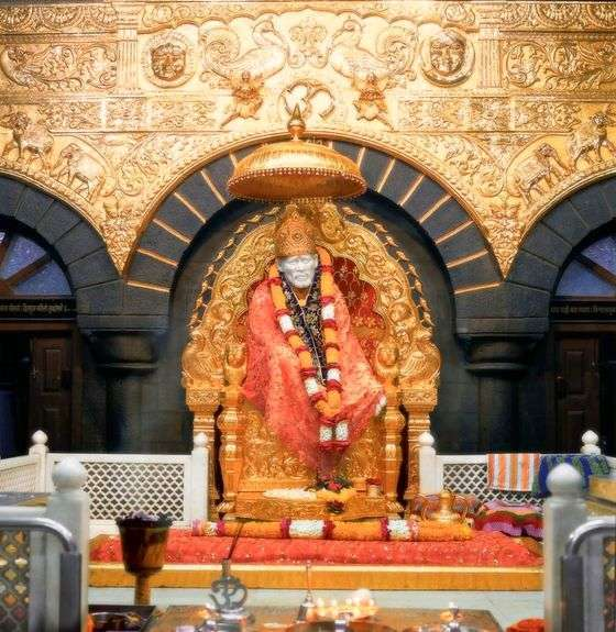Richest Temples in India, shirdi sai-baba temple