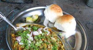 Tongue Tickling Tastes of Misal Pav1