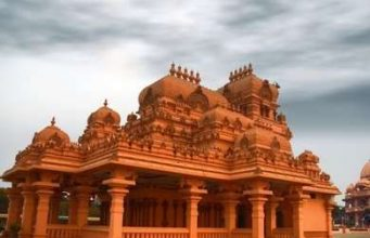 Top 5 Historic Architectural Wonders to Visit in India