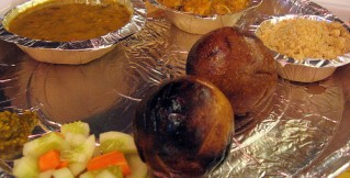 best_food_dal-baati-churma_in_jaipur.jpg