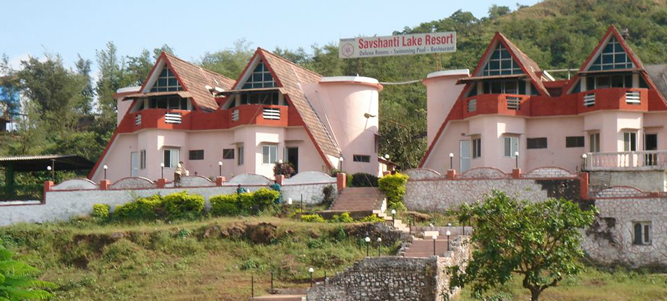 Hotel Savshanti Lake Resort