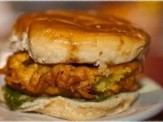 vada-pav-indian-burger