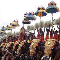 when_is_Arattupuzha-Pooram_in_2014.jpg