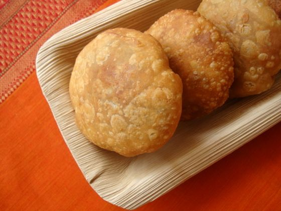 Indian finger food, khasta kachori